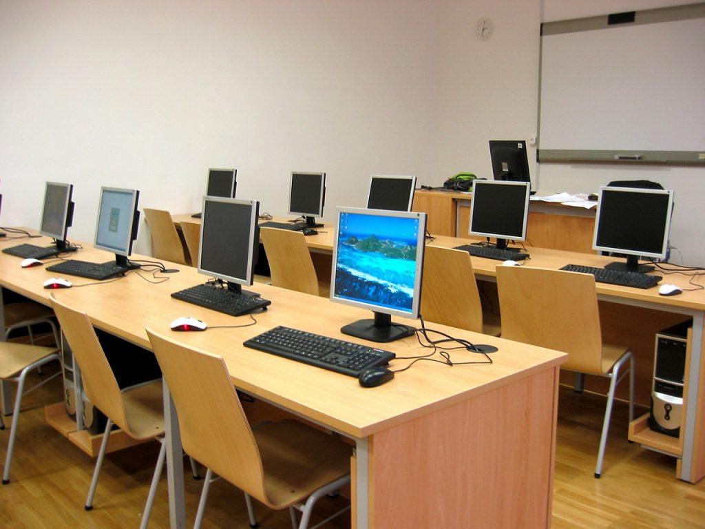 e-Learning Vs Classroom Training? - Dante Systems