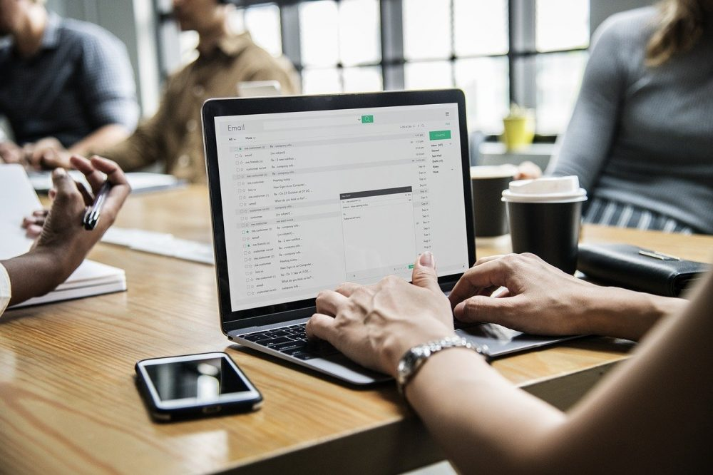 Connecting with emails to deliver a CRM integration - Dante Systems